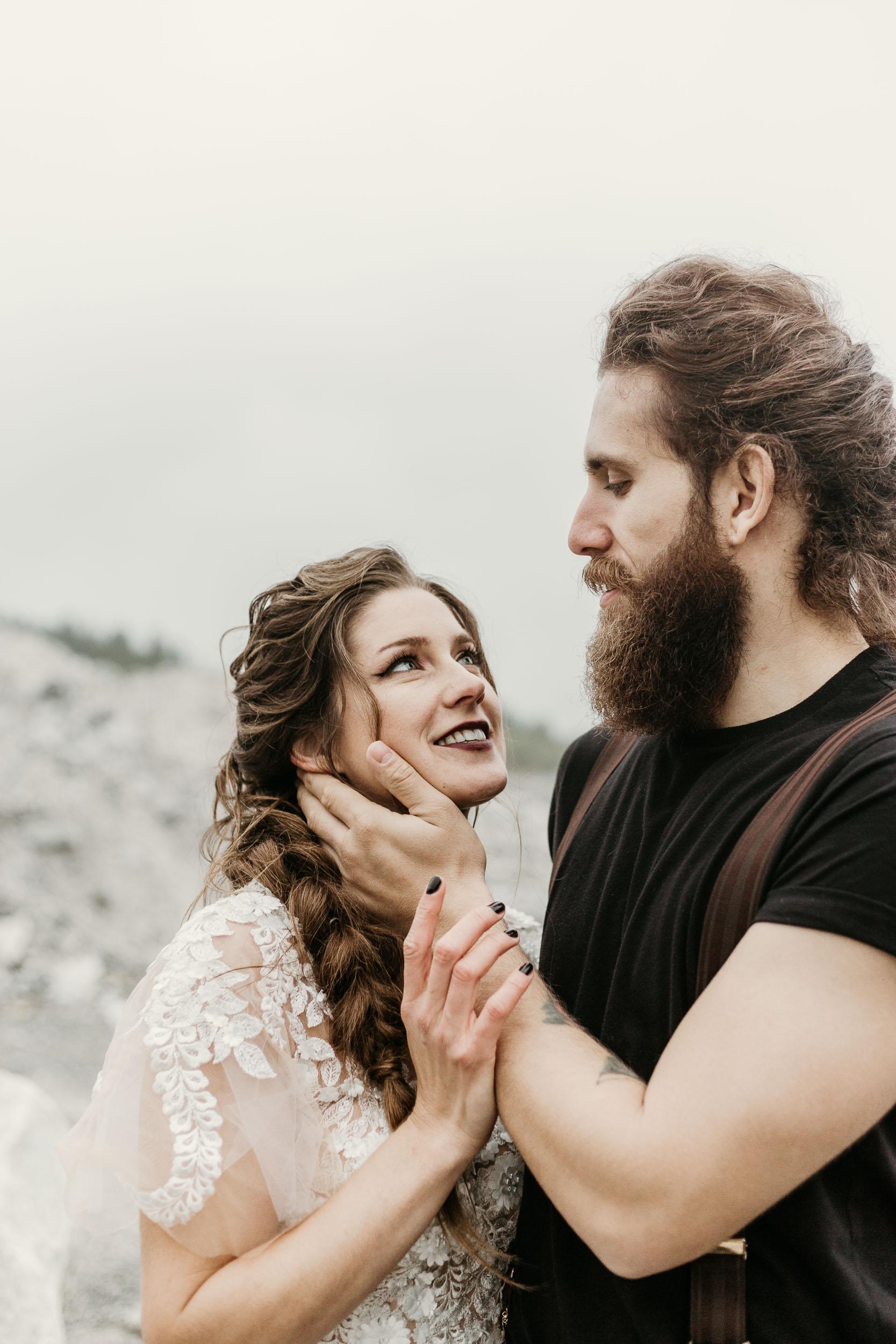 intimate-wedding-elopement-photographer-ottawa-toronto-1108.jpg