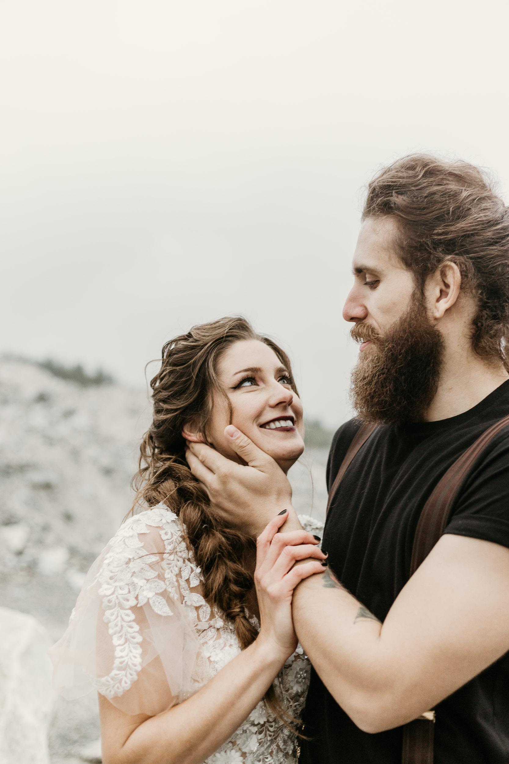 intimate-wedding-elopement-photographer-ottawa-toronto-1109.jpg