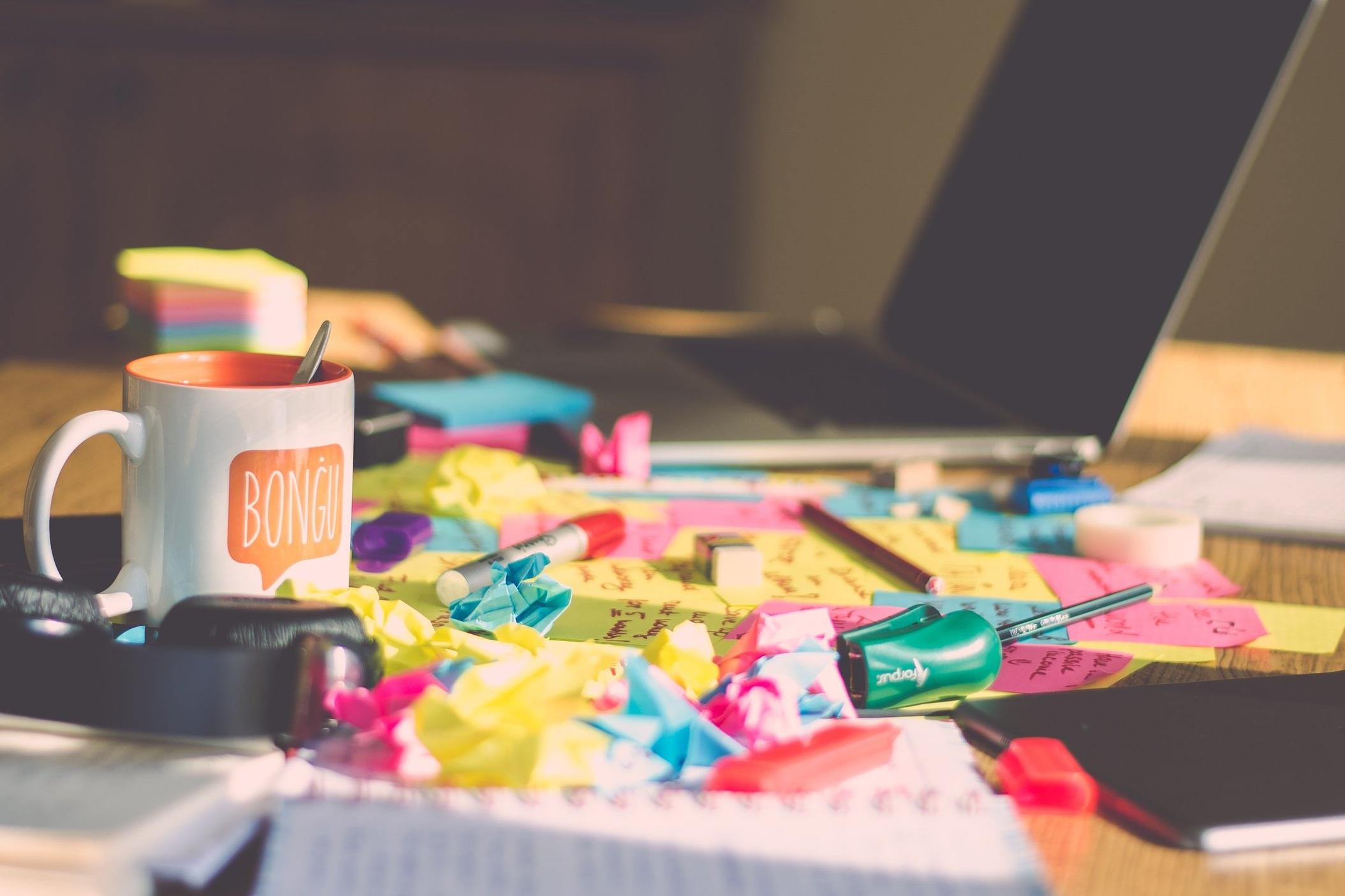 messy+desk.jpg