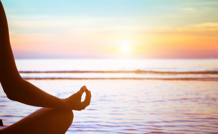 Yoga Algarve beach