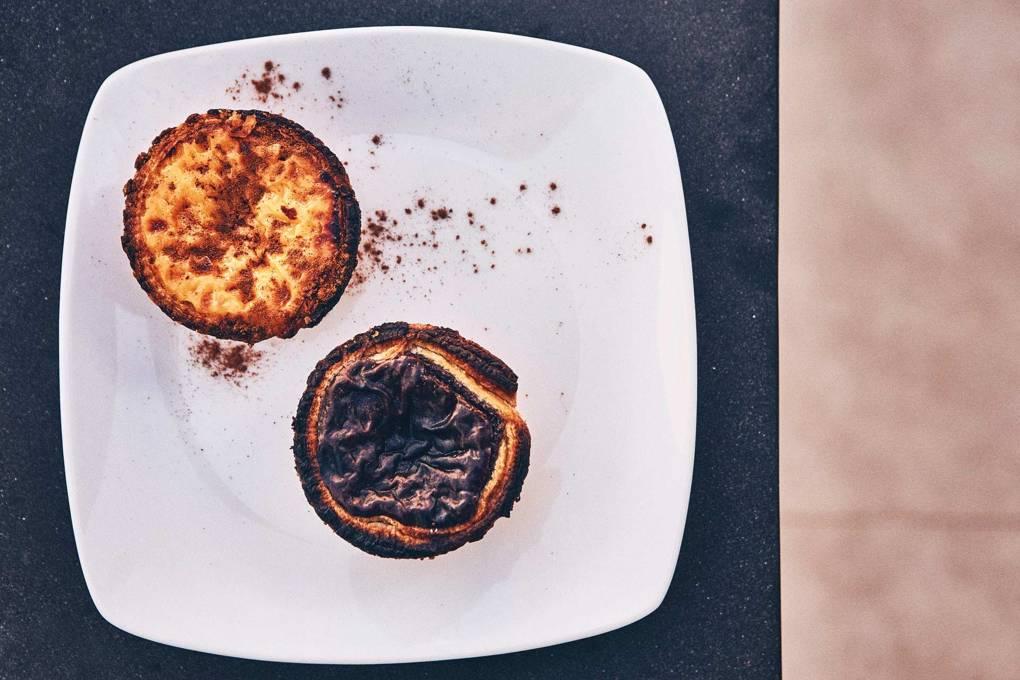 pasteis-de-nata-at-pao-do-rogil-bakery-costa-vicentina-portugal-conde-nast-traveller-3april17-oliver-pilcher.jpg