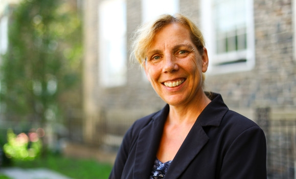 Dr. Sara Kirk,Dalhousie University