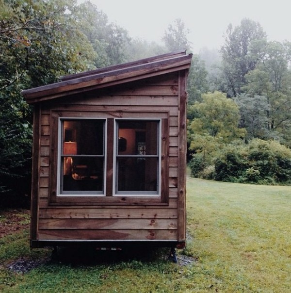 natalies-the-villager-tiny-house-0012-600x604.jpg
