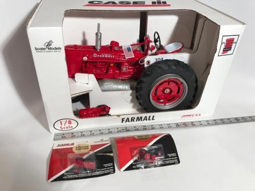 2001 Farm Progress Show collector edition Farmall Super H die-cast tractor