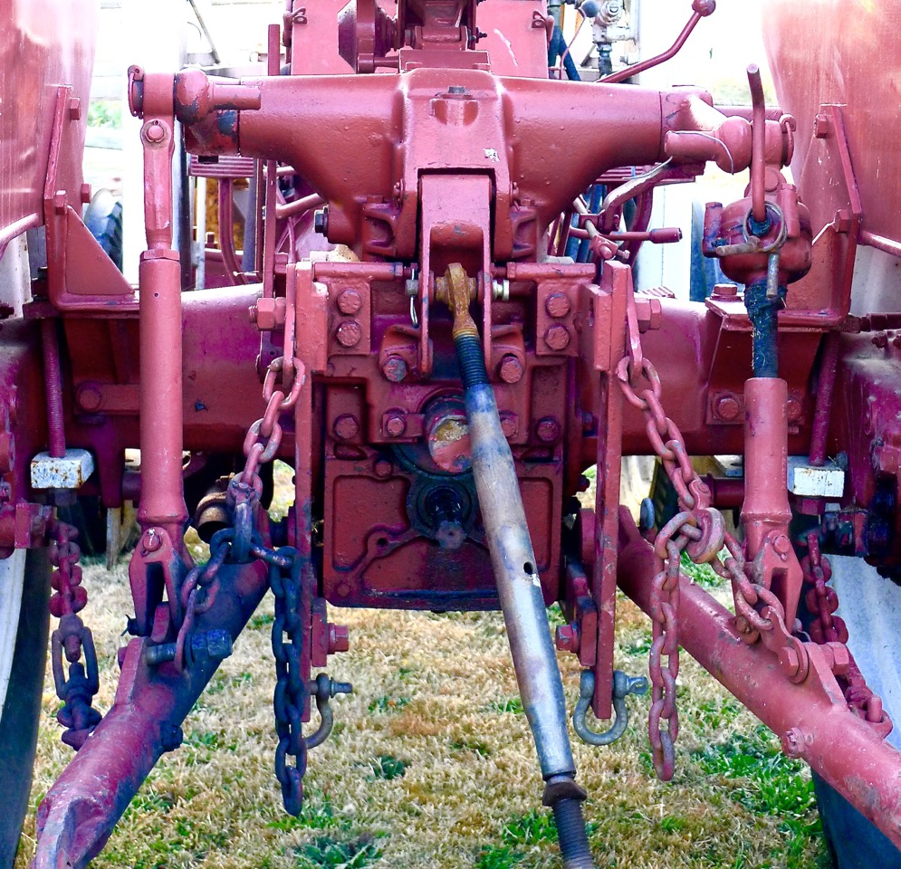 This three point hitch is on Leenstra's Porsche tractor.