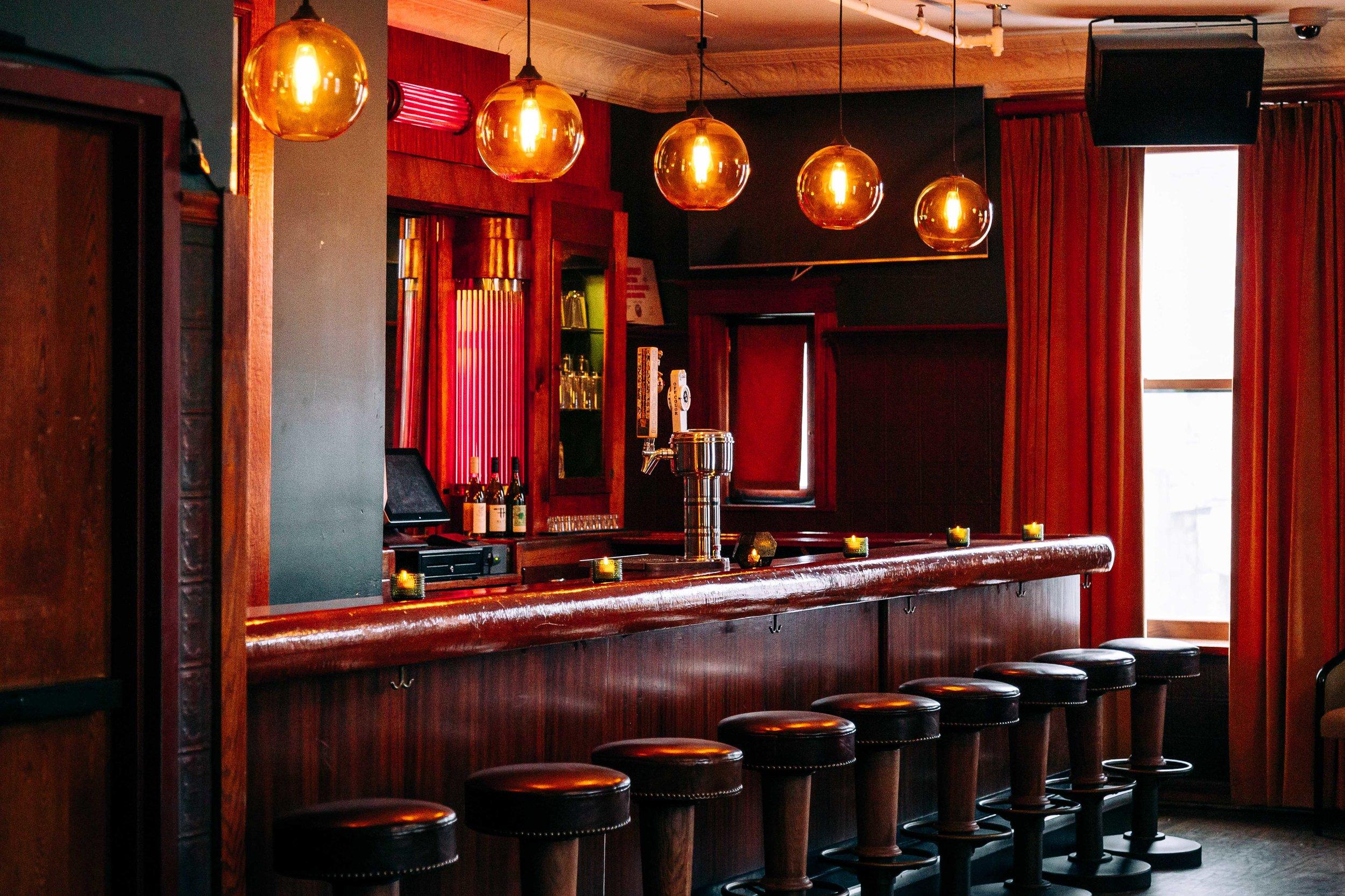 Schubas Lounge 17.jpg
