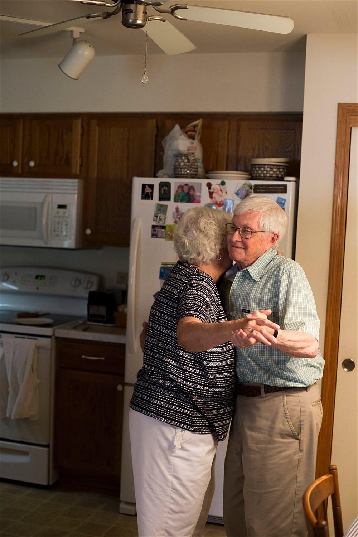 dancing in the kitchen grandma and grandpa photographer new york city