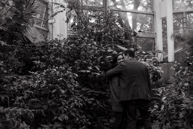 brooklyn botanic garden couple photographer