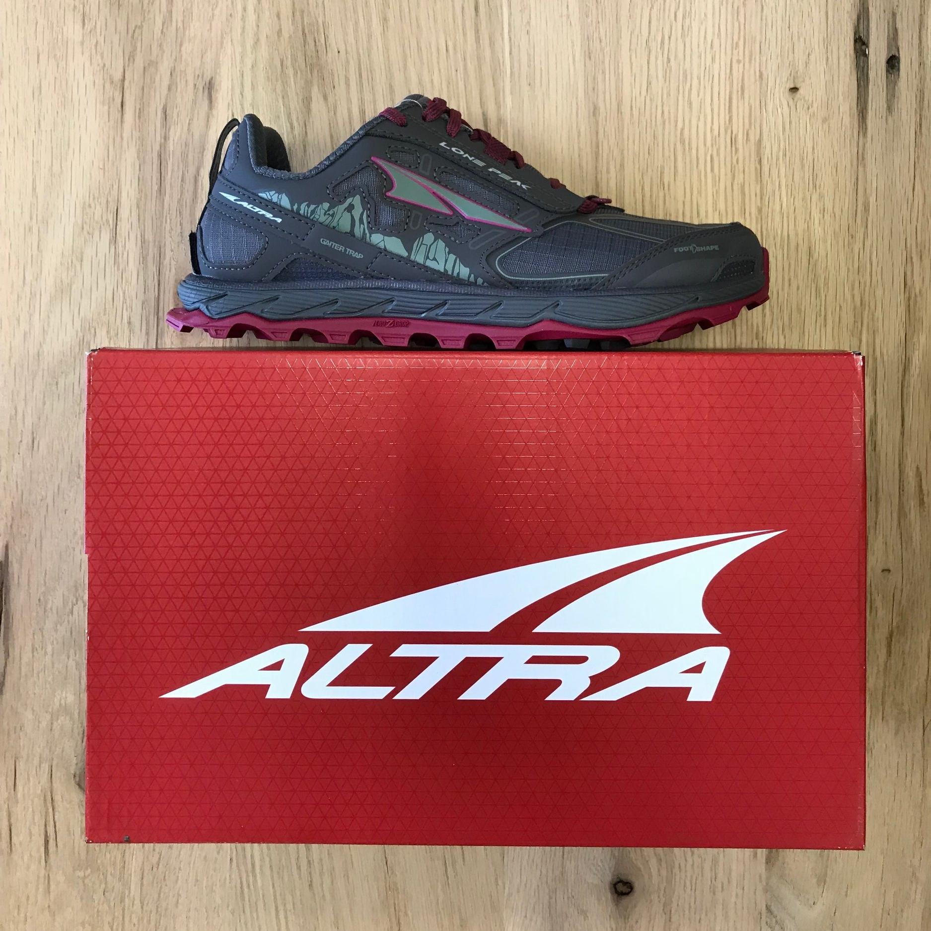 Altra Lone Peak 4.0 - Women's