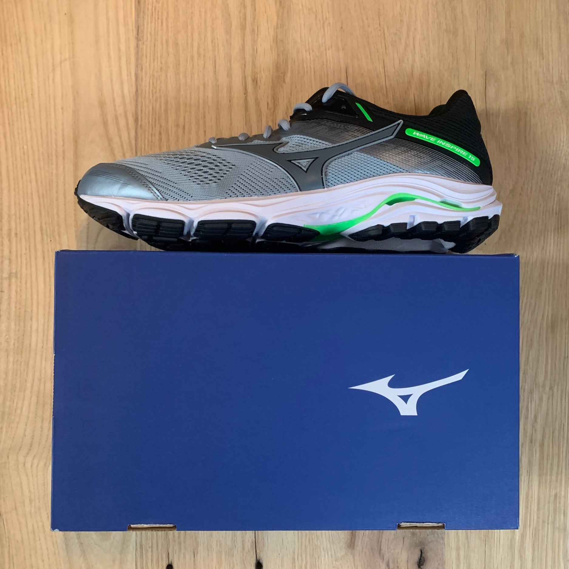 Mizuno Wave Inspire 15 - Men's