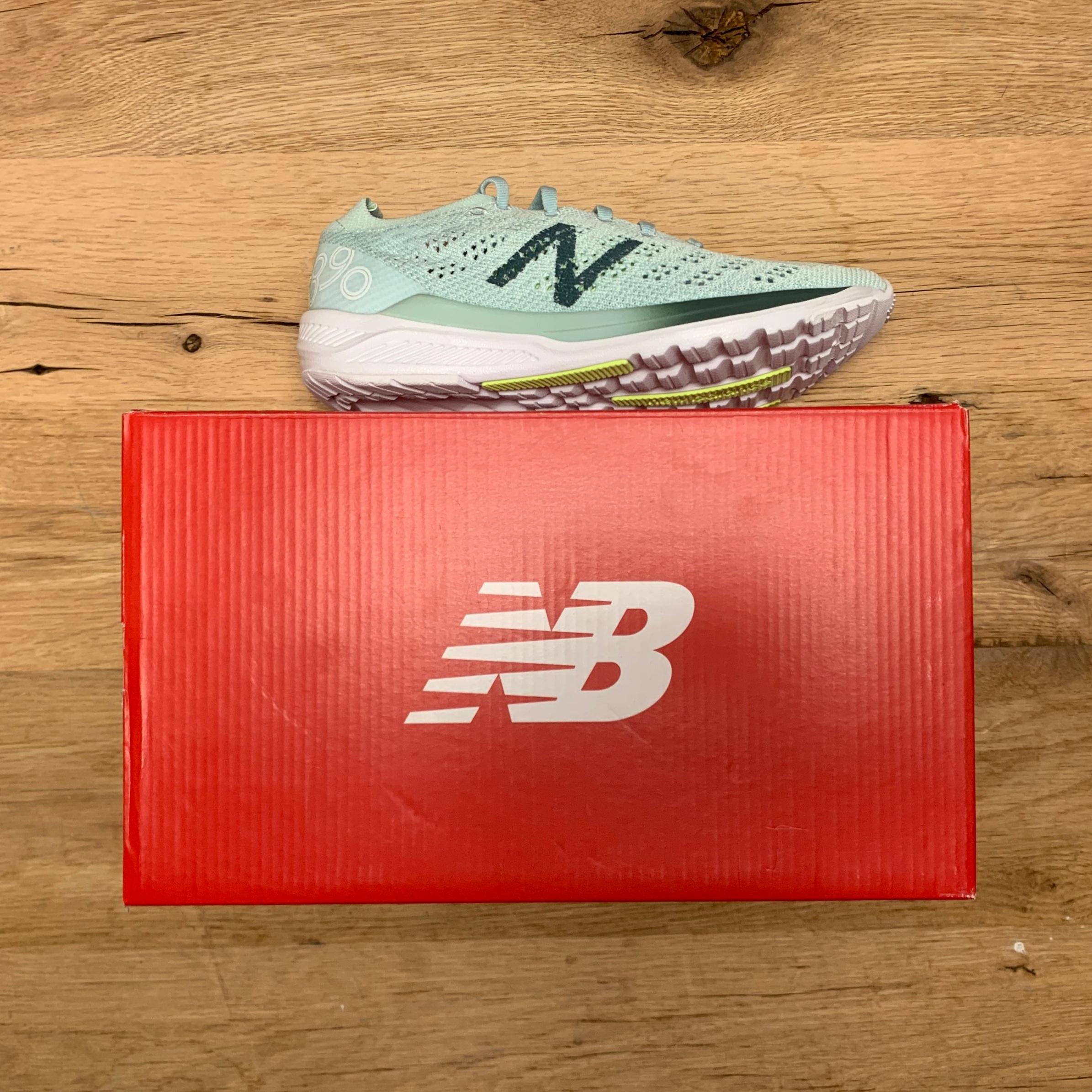 New Balance 890v7 - Women's