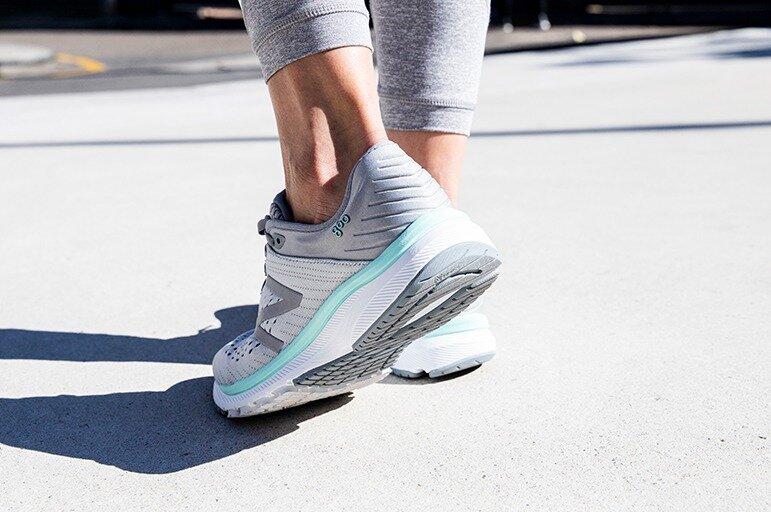 Shoe Review: New Balance 860v10