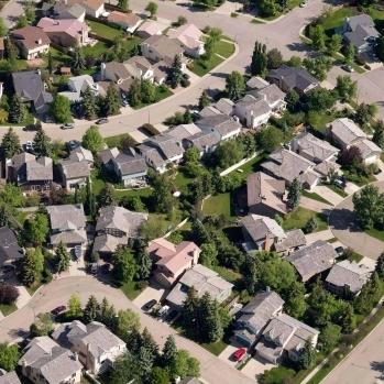 crea-home-sales-20151215.jpg