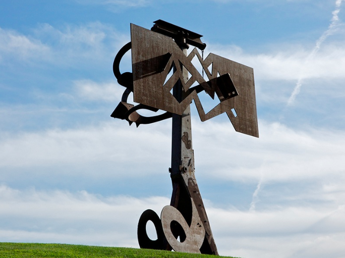 Frog Legs  by Mark di Suvero (2002) at the Storm King Art Center rotates 360 degrees in order to give ever-changing views of the sky and surrounding landscape. Lent by the artist and Spacetime C.C., New York. Photograph: Jerry L Thompson.