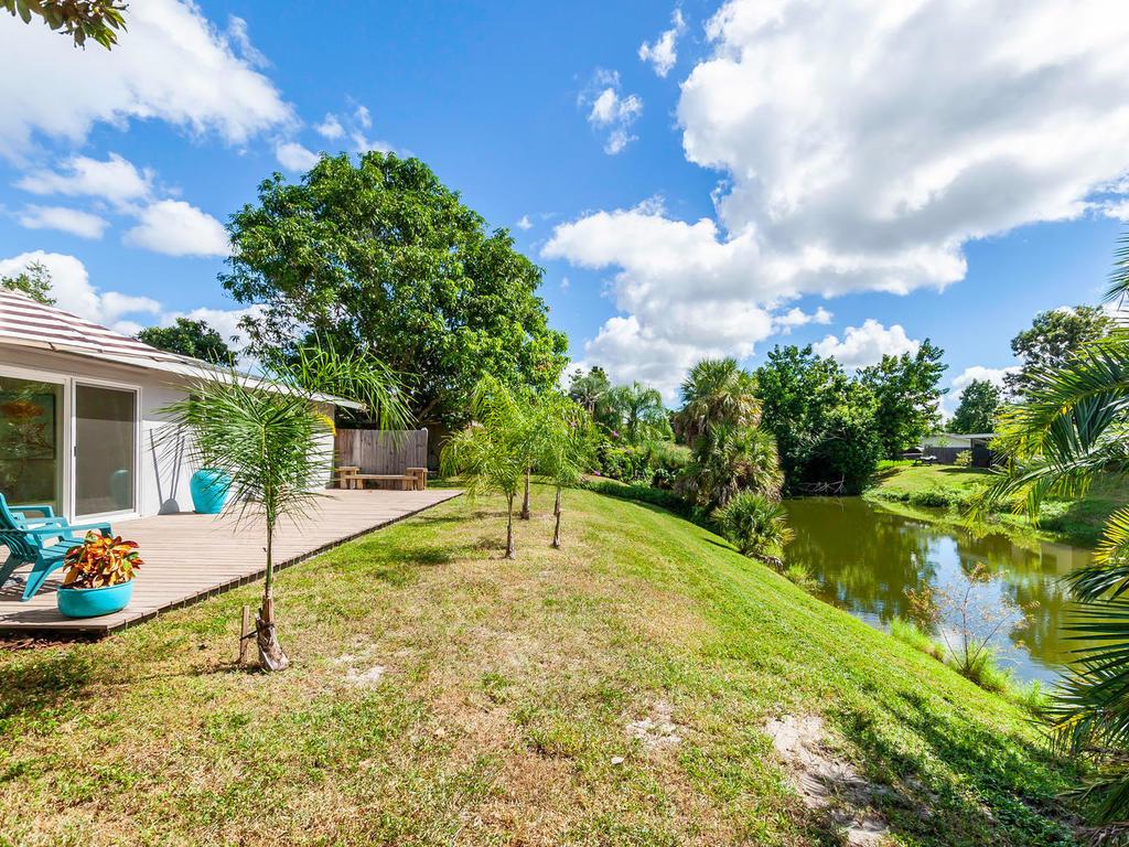 3026 Pinecrest St Sarasota FL-036-43-chpteam36-MLS_Size.jpg