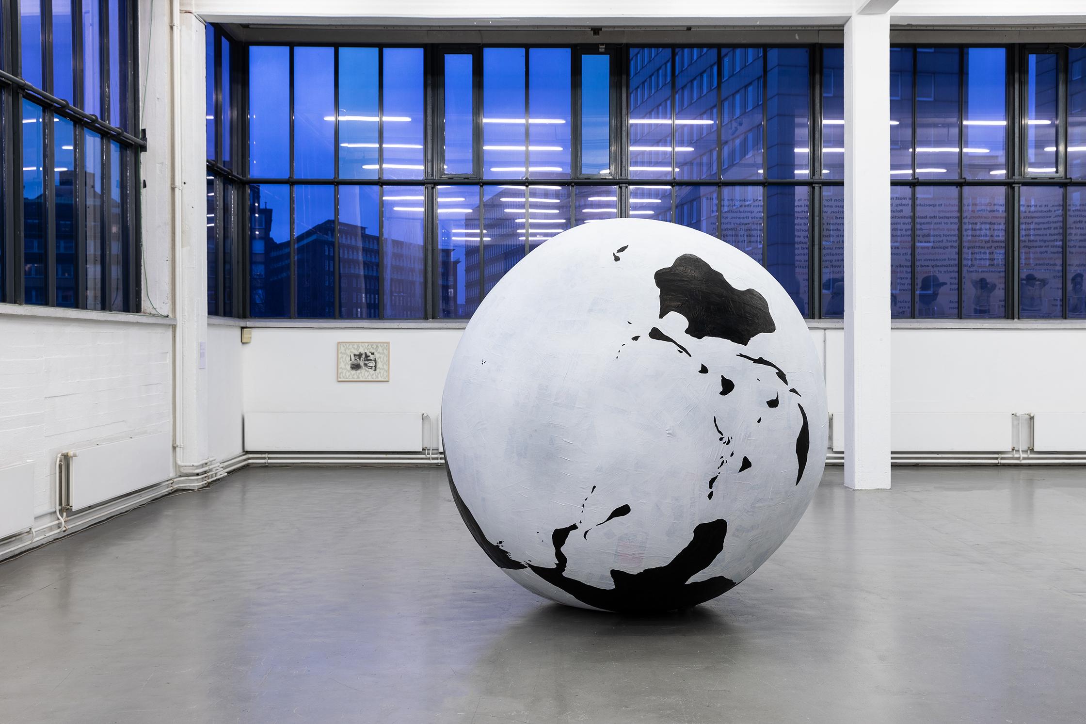 Globe Kunstverein.jpg