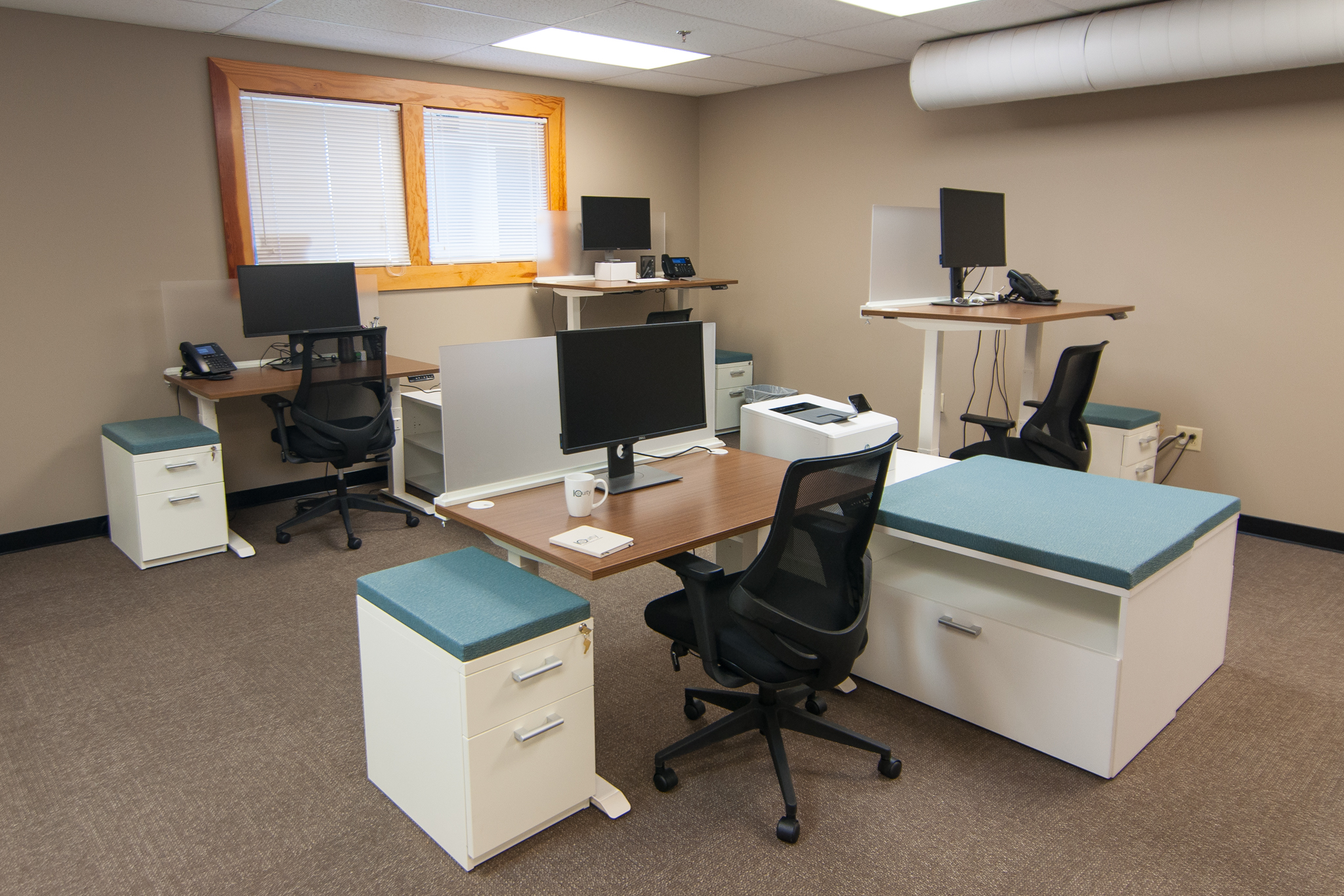 FPI-Iquity install_0014 workstations c.jpg