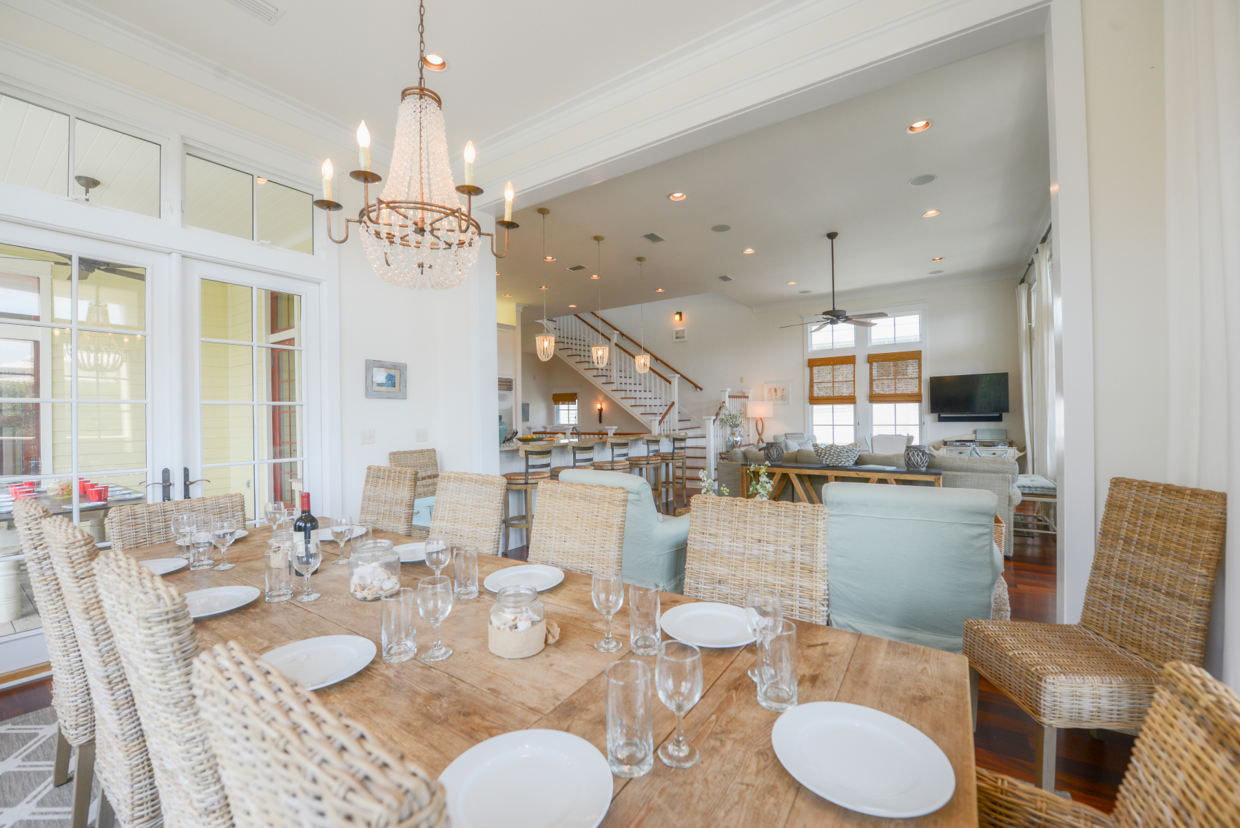 Watercolor Florida beach house dining room.jpeg