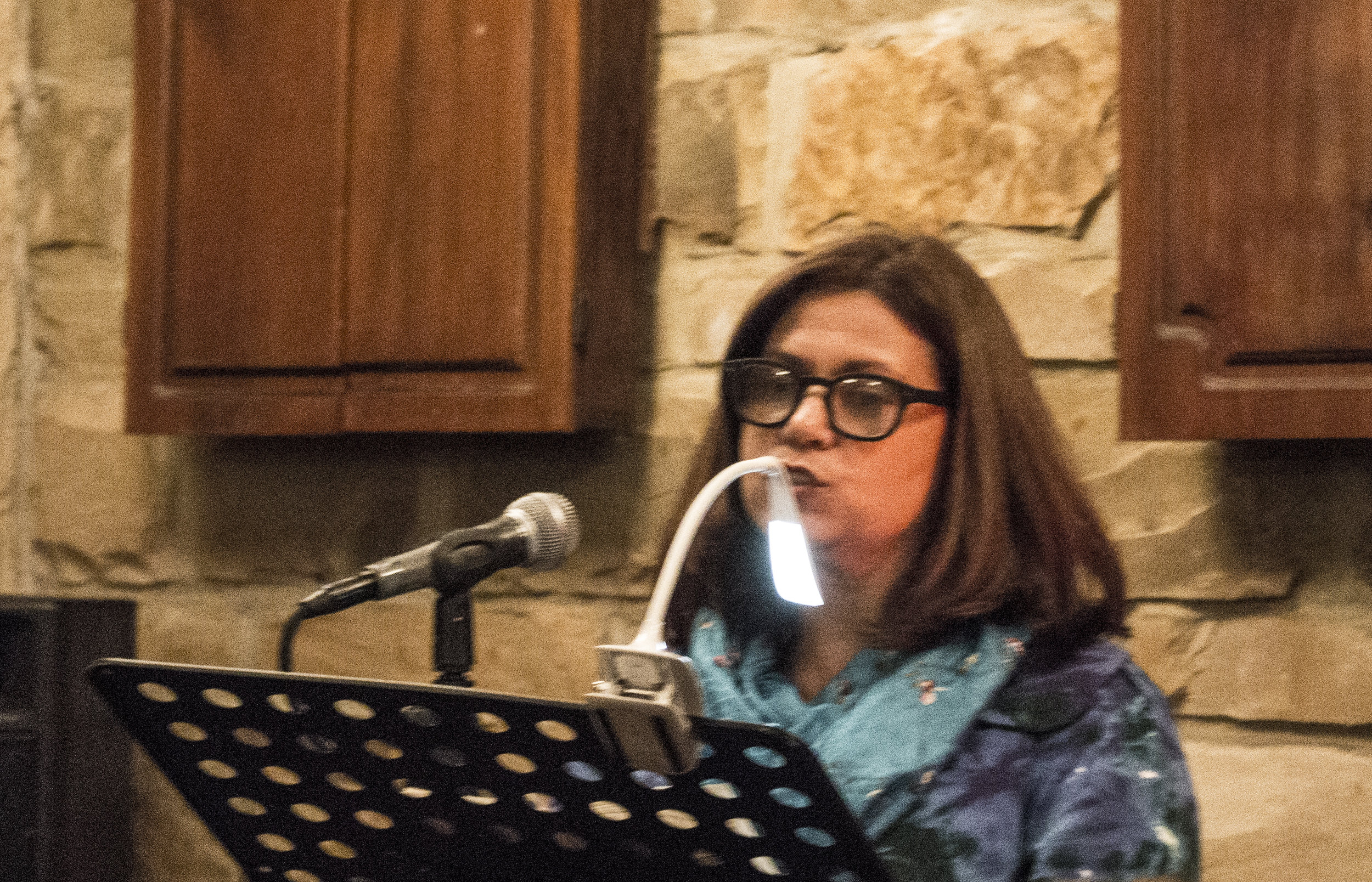 Toni Nealie reads at Sunday Salon
