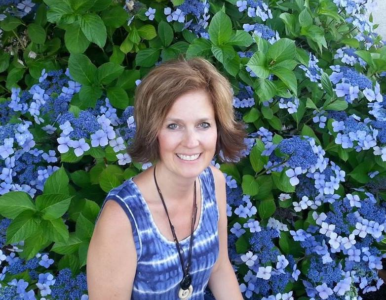 JULIE ARANT - For several years Julie has been on a journey that has opened her eyes to beautiful people from the nations and has taken her as an