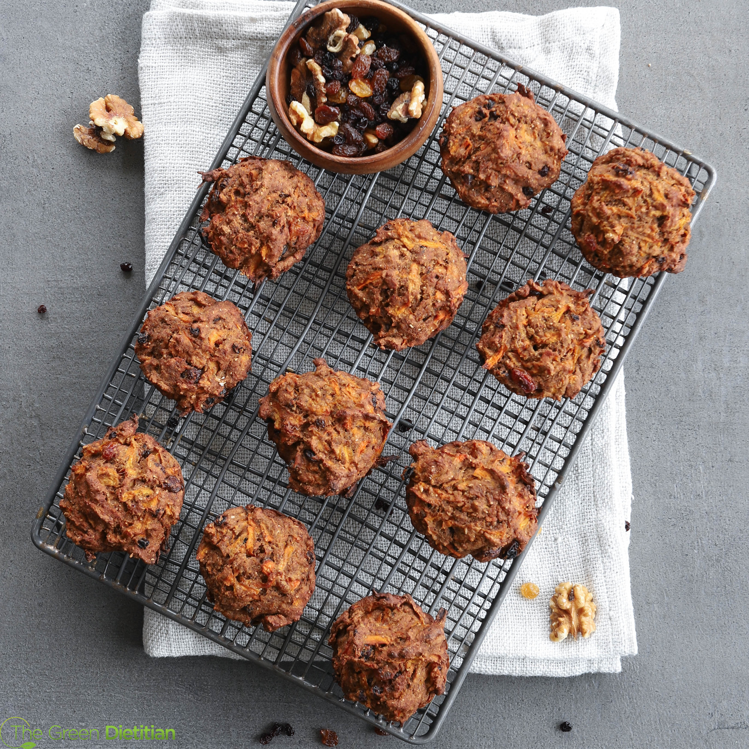 Carrot muffins (2).jpg