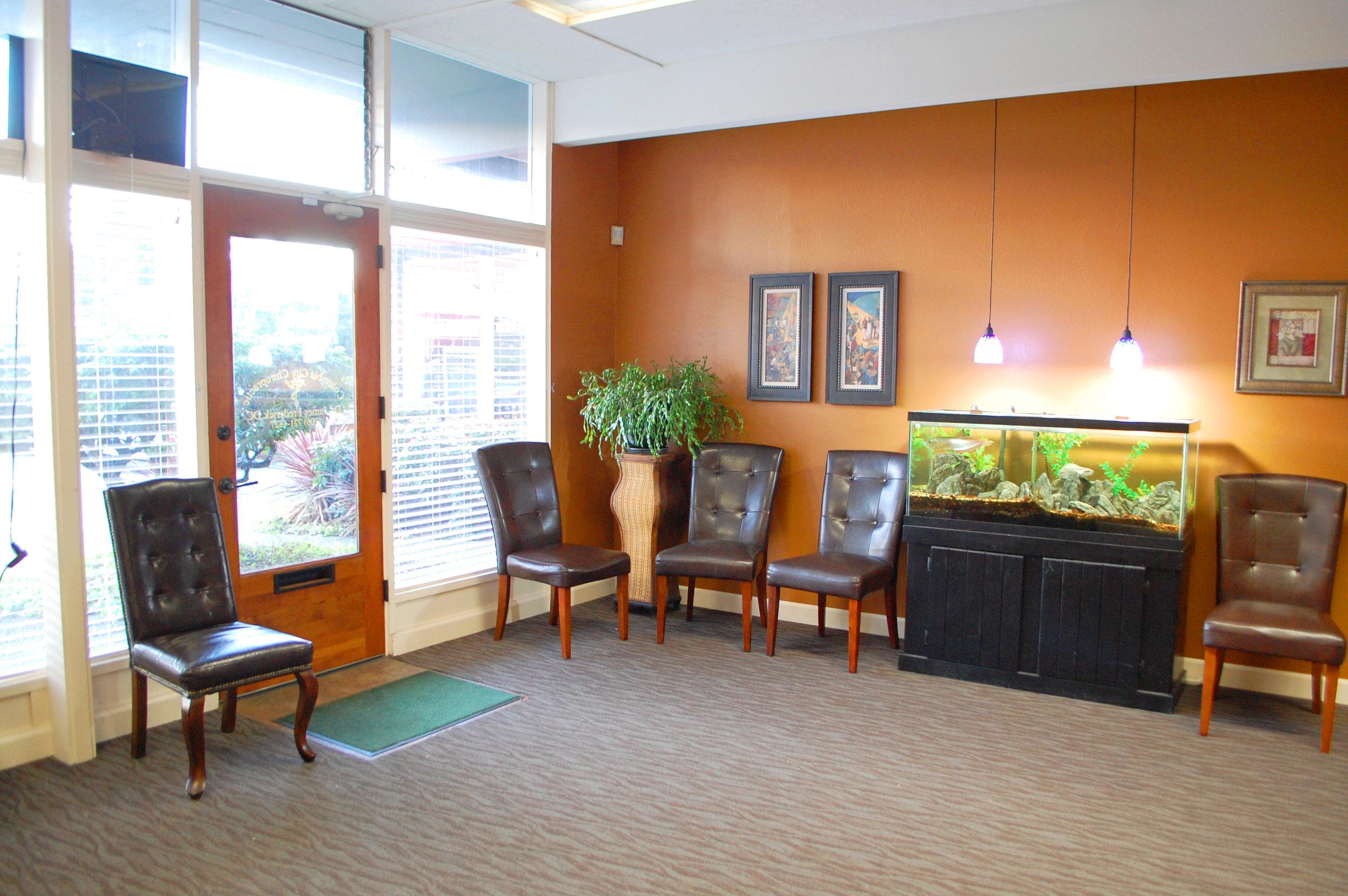 Columbia City Chiropractic Waiting Room 1