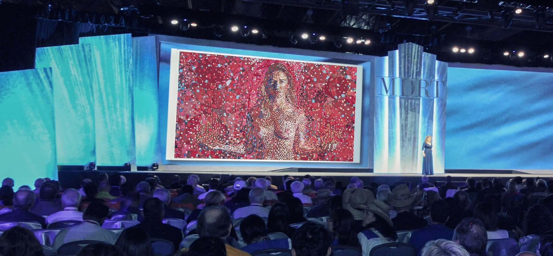 Allison Massari delivering her keynote to 8,600 people from 75 countries at Million Dollar Round Table in 2013.