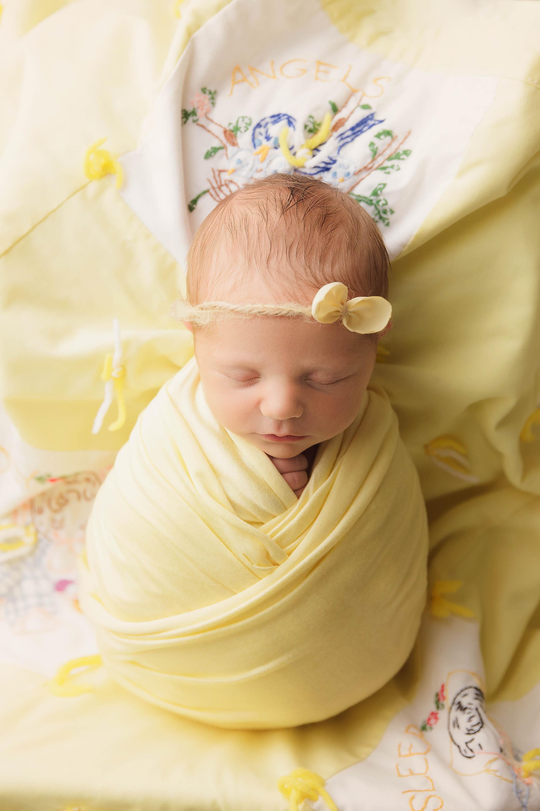 columbus infant photographer.jpg