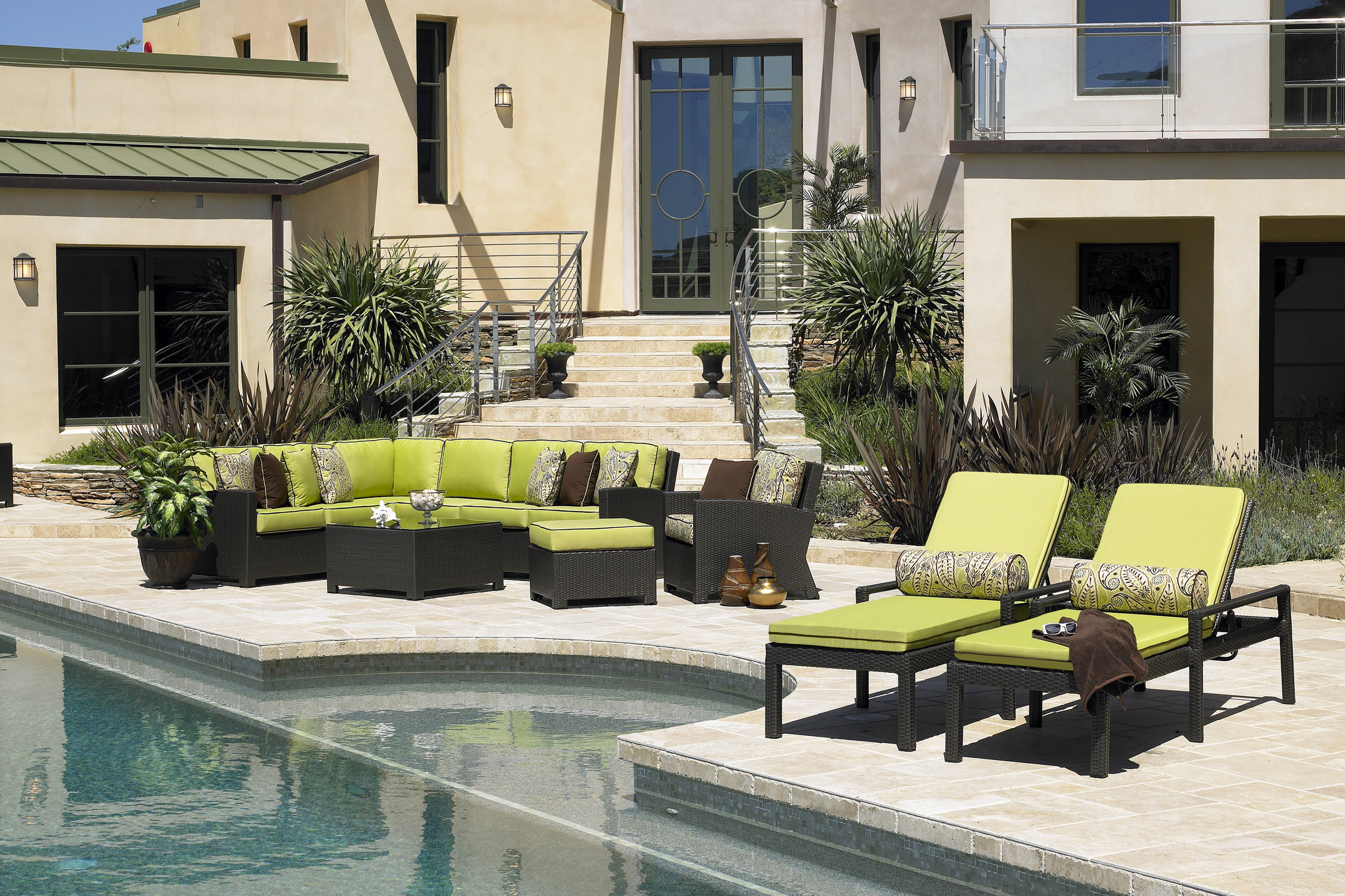 Cabo Sectional Green.jpg
