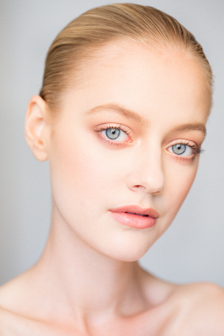 Some natural light beauty with the gorgeous Hanna Grace at Muse Management. She has the most stunning eyes!