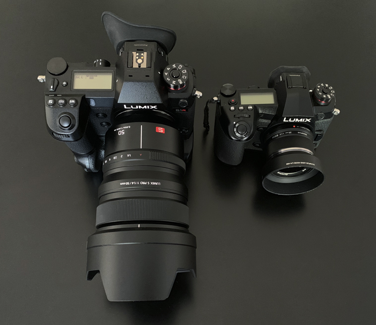 Look at the size difference versus the  Panasonic G9  which is about the size of a  Nikon D750 . Also, both lenses are 50mm.