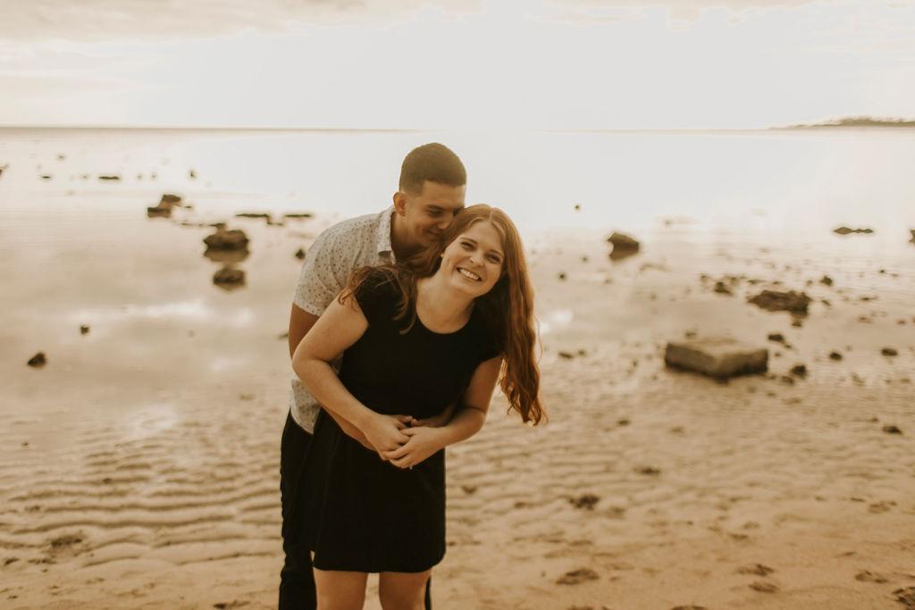 honolulu hawaii oahu beach couples session_4996.jpg
