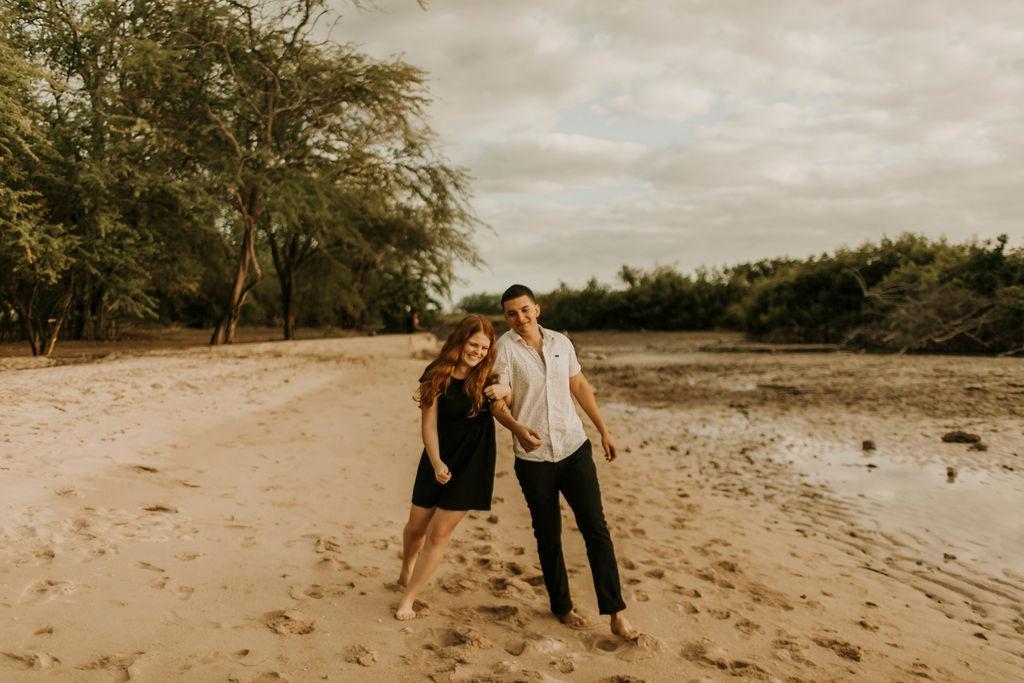 honolulu hawaii oahu beach couples session_5057.jpg