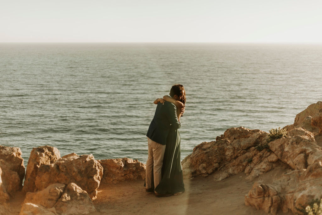 cliffside proposal in malibu california_9304.jpg