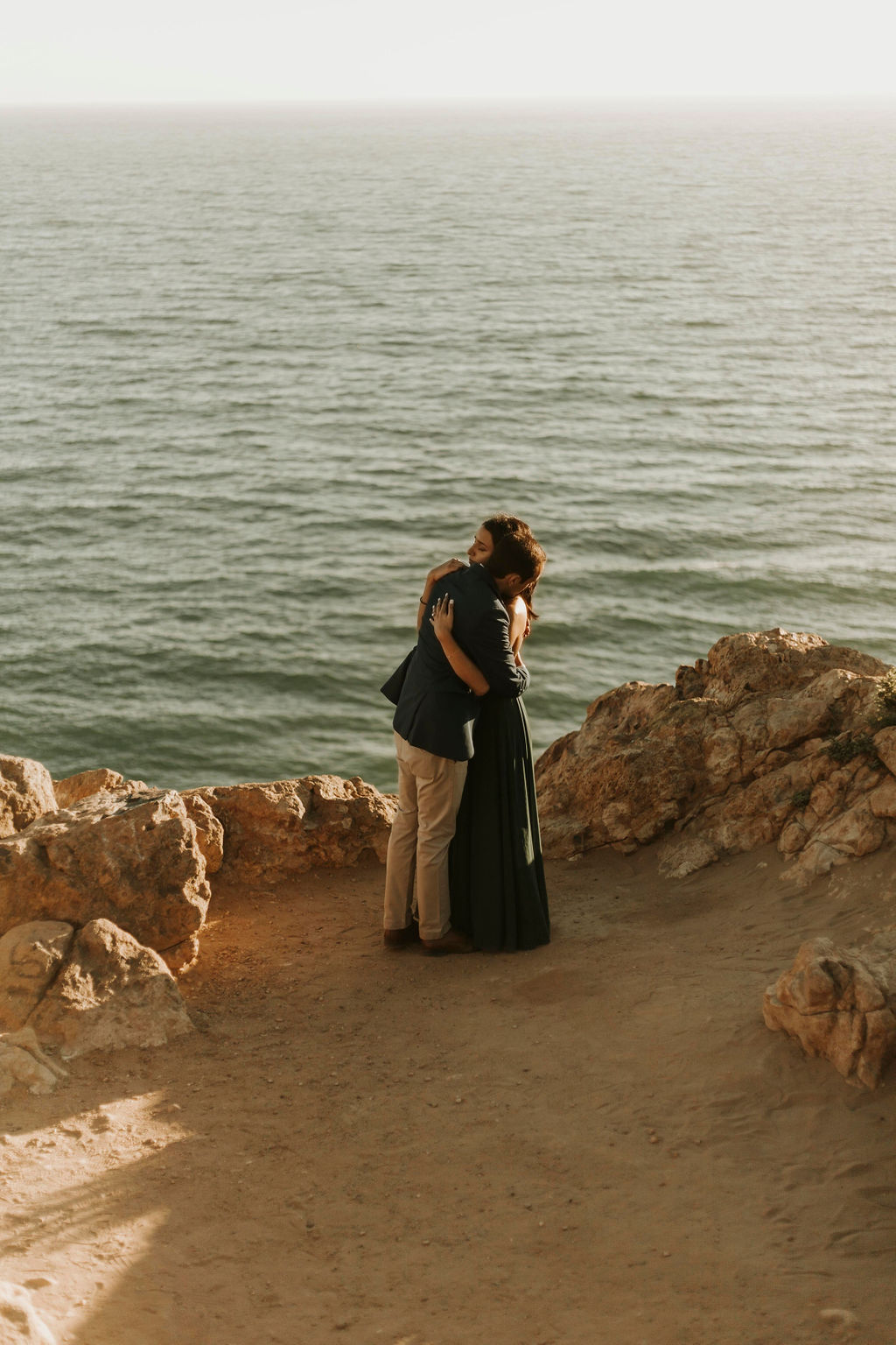 cliffside proposal in malibu california_9330.jpg