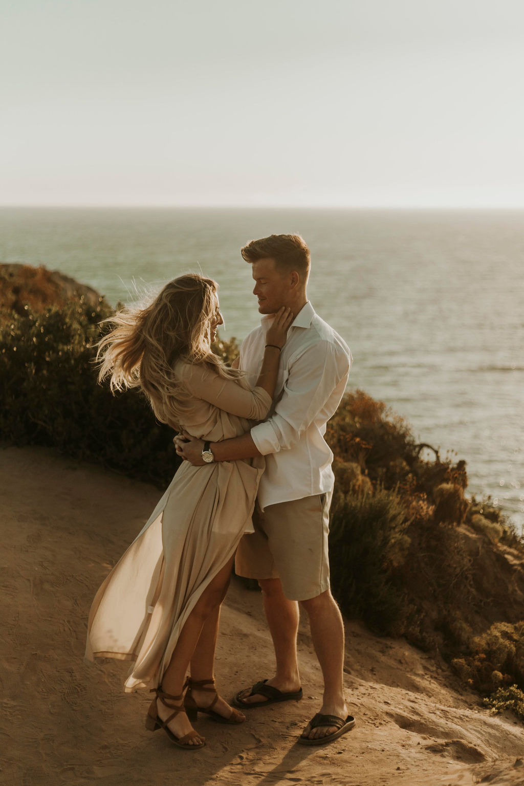 malibu cliff ocean couples session_6587.jpg