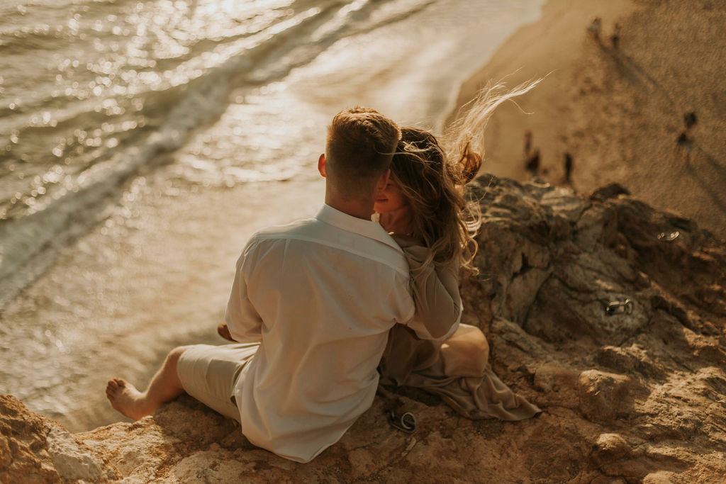malibu cliff ocean couples session_6878.jpg
