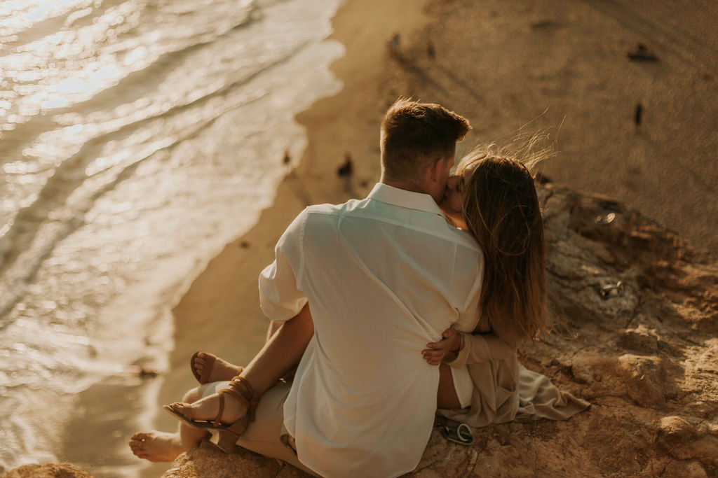 malibu cliff ocean couples session_6931.jpg