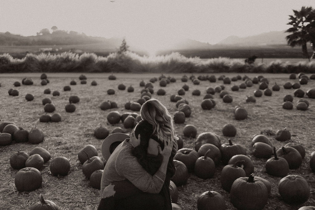 pumpkin patch couples session at underwood family farms_8451.jpg