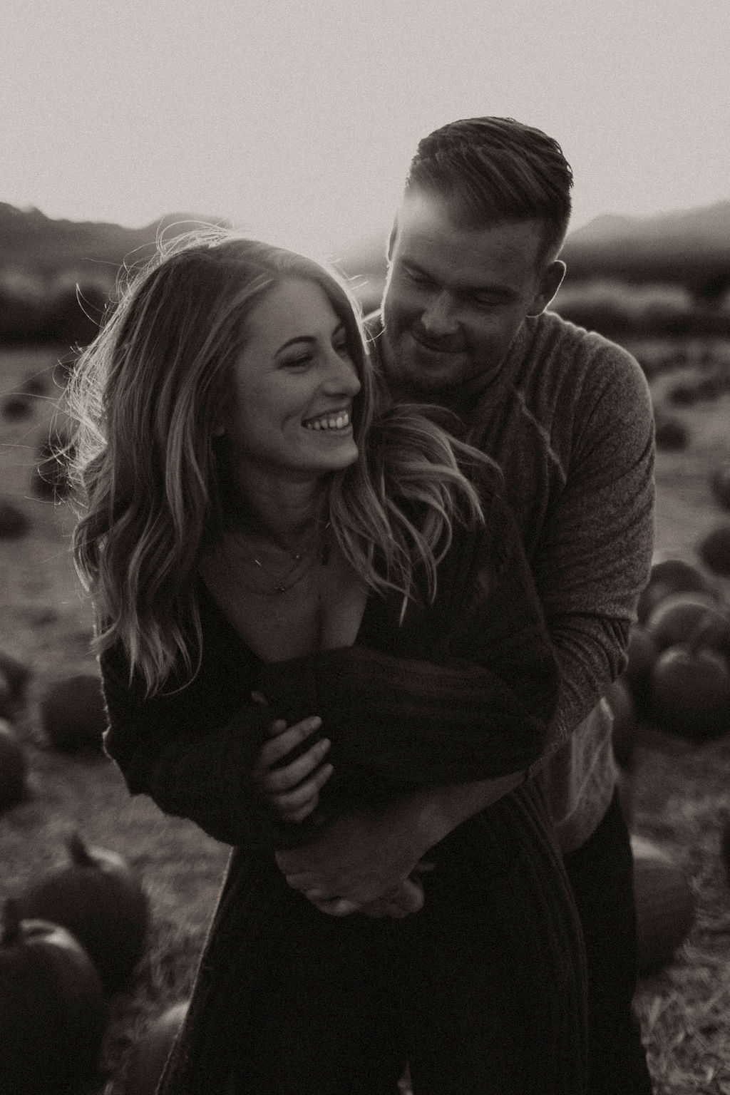 pumpkin patch couples session at underwood family farms_8529.jpg