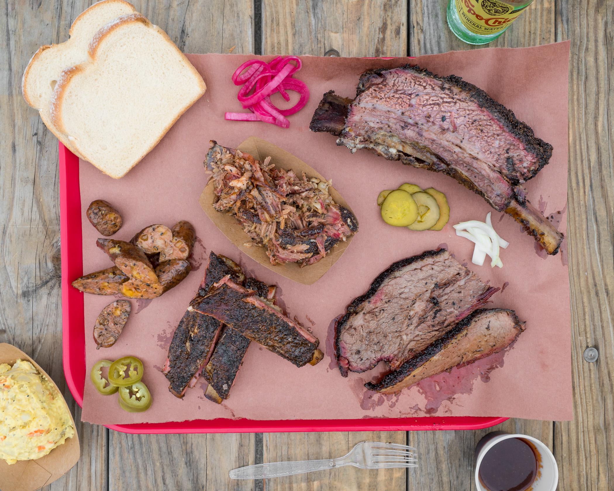 Jeremy Pawlowski Portland Texas Austin Amarillo Food Photographer Photography Fare Photo Studios bbq barbecue barbeque plate