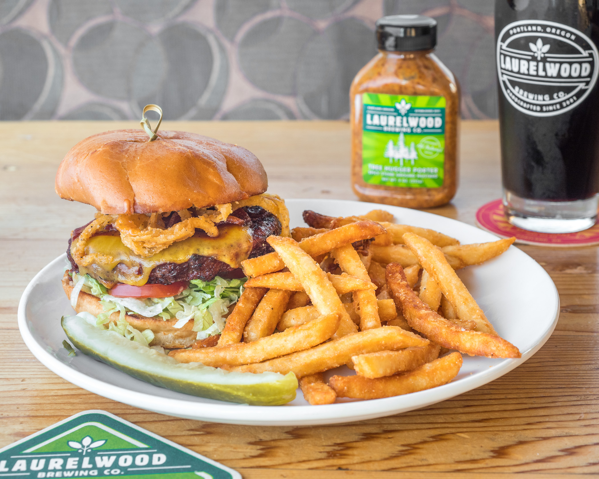 pub laurelwood brewery pdx picture portland pacific northwest food photography photographer.jpg