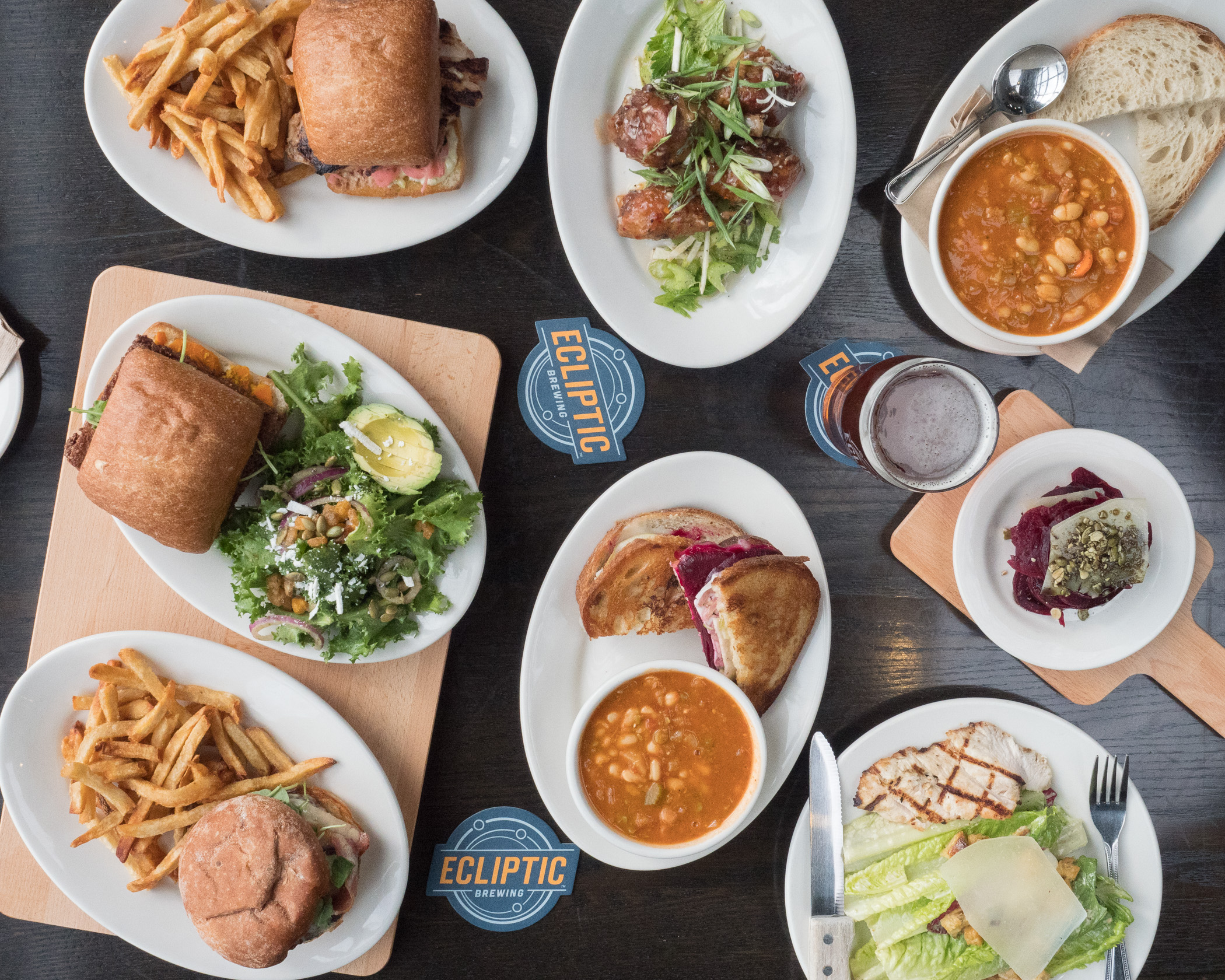 pub ecliptic brewing bar pdx picture portland pacific northwest food photography photographer-2.jpg
