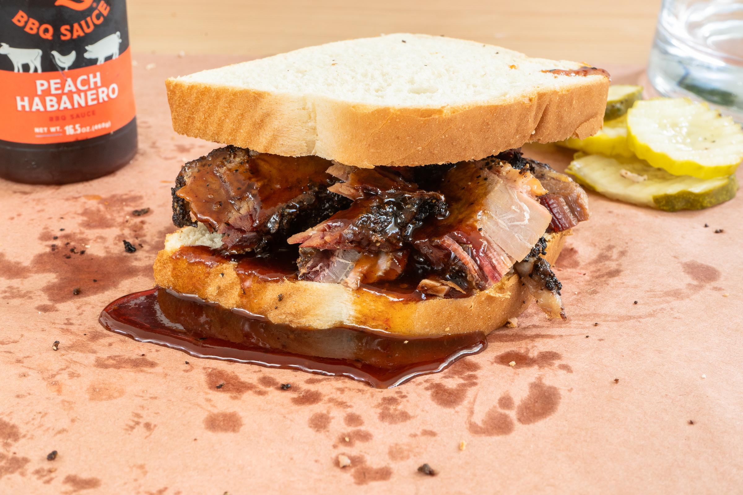 kosmos bbq sauce jeremy pawlowski portland oregon texas food photographer photography restaurant sandwich