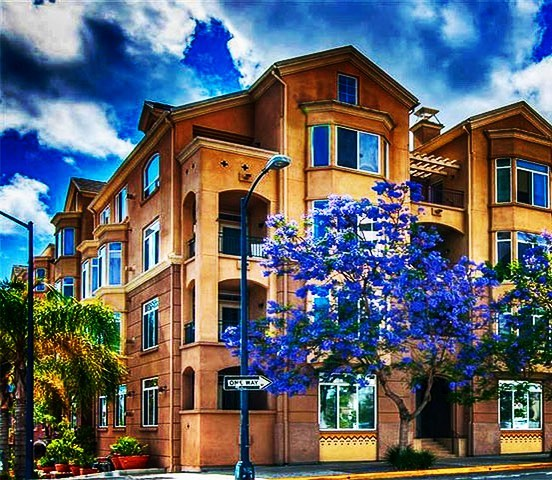 Laurel Bay is a great condo community in the heart of Bankers Hill.  Located just a stones throw away from Balboa Park 🌳and great dining🍷🥩! We are excited about a one bedroom unit that we will be listing for rent in the next couple of days.  Check out our website for all of our available rentals.  #sandiegopropertymanagement #18doors