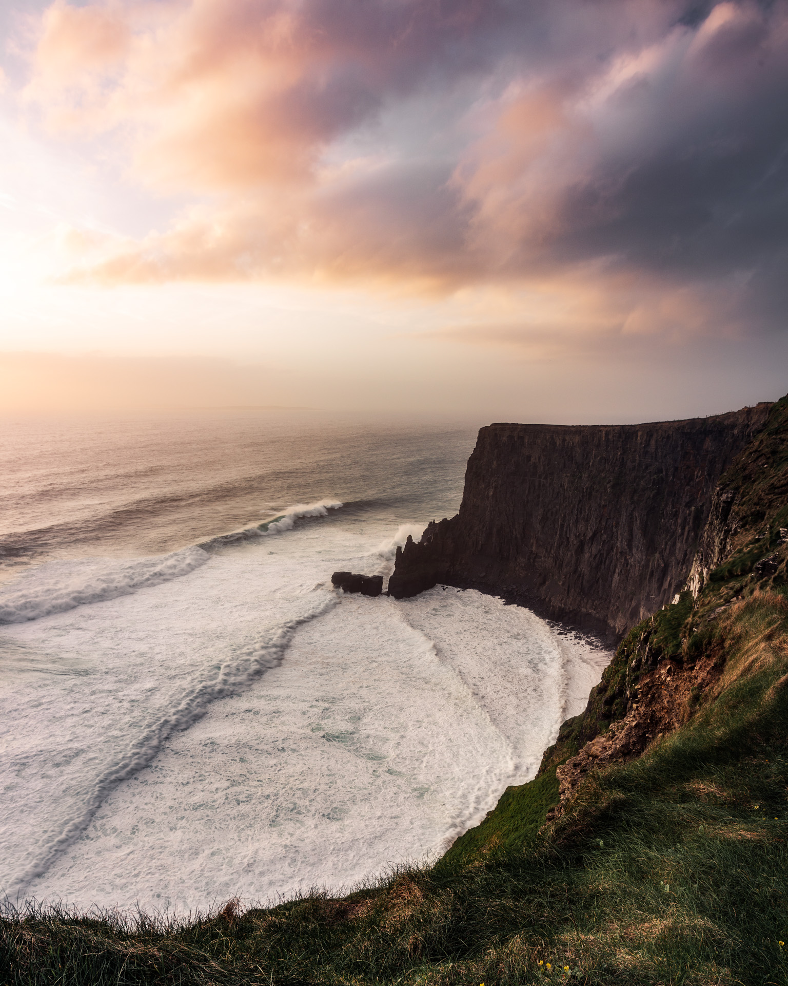 landscape_photography_cliffs_of_moher_ireland_by_greengraf_photography.jpg