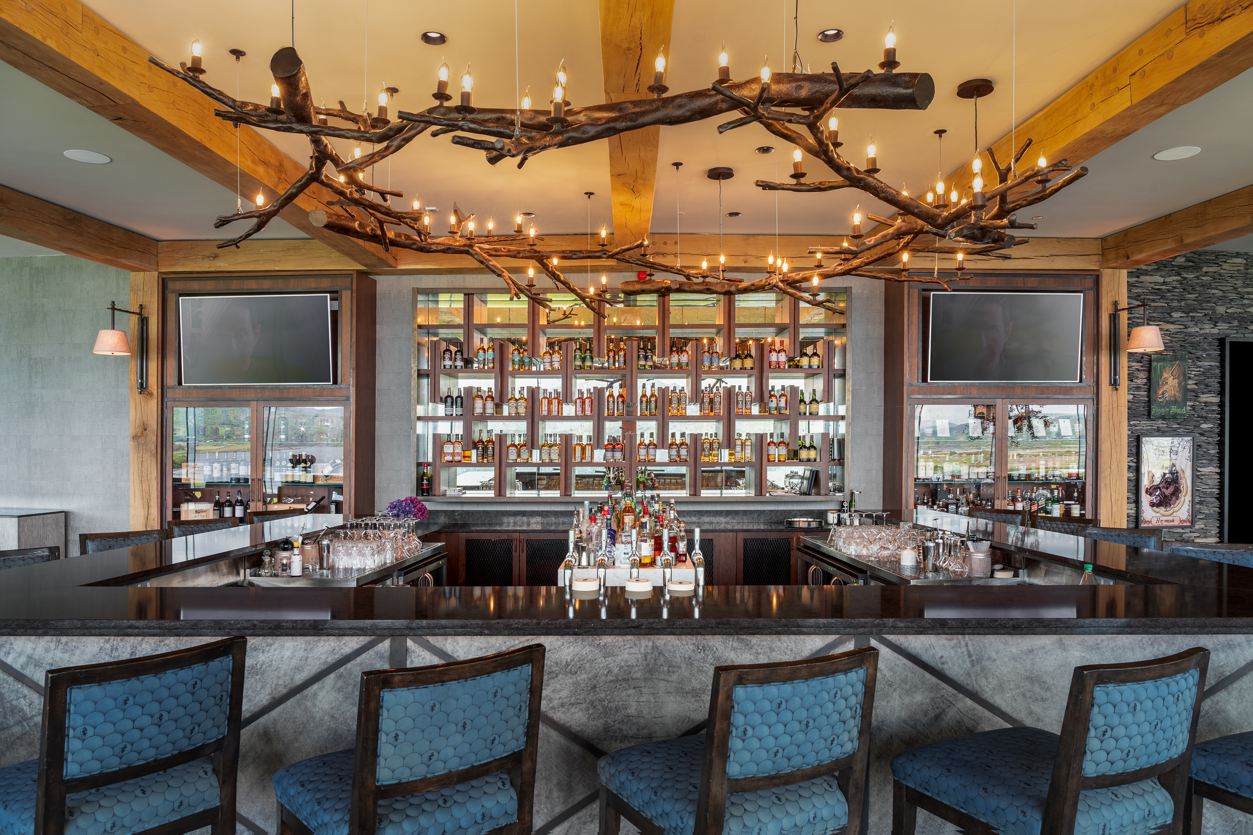 Oak Wood Design Bar Feature