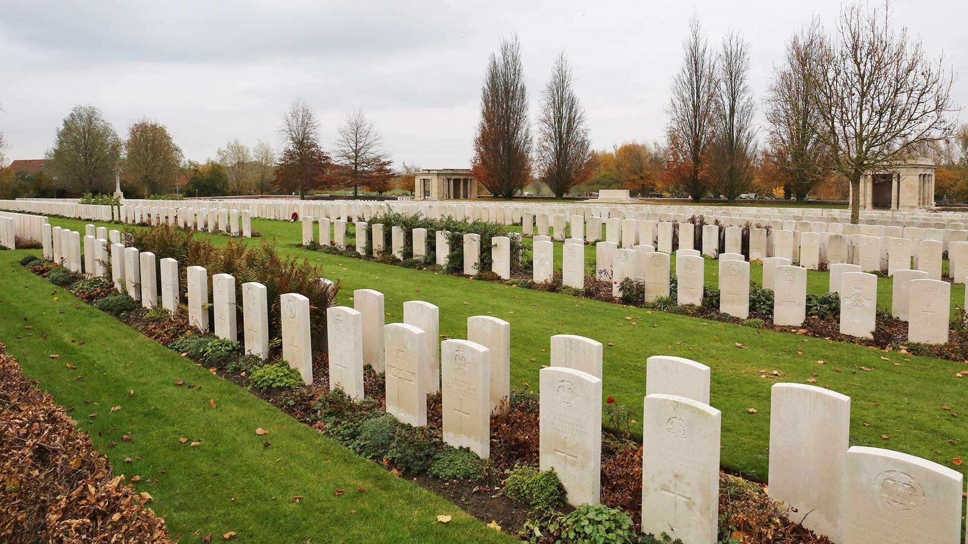 Bailleul Cemetery, France