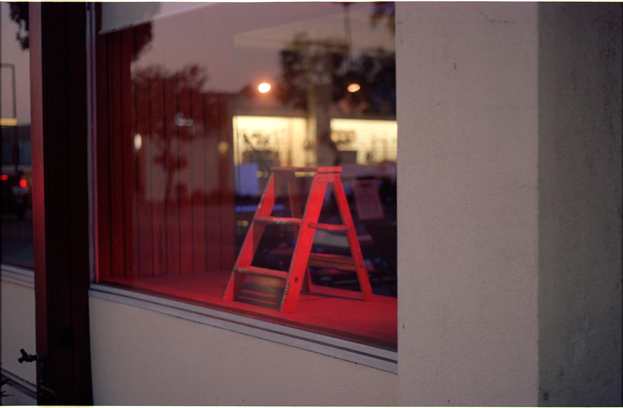 glendale, red ladder