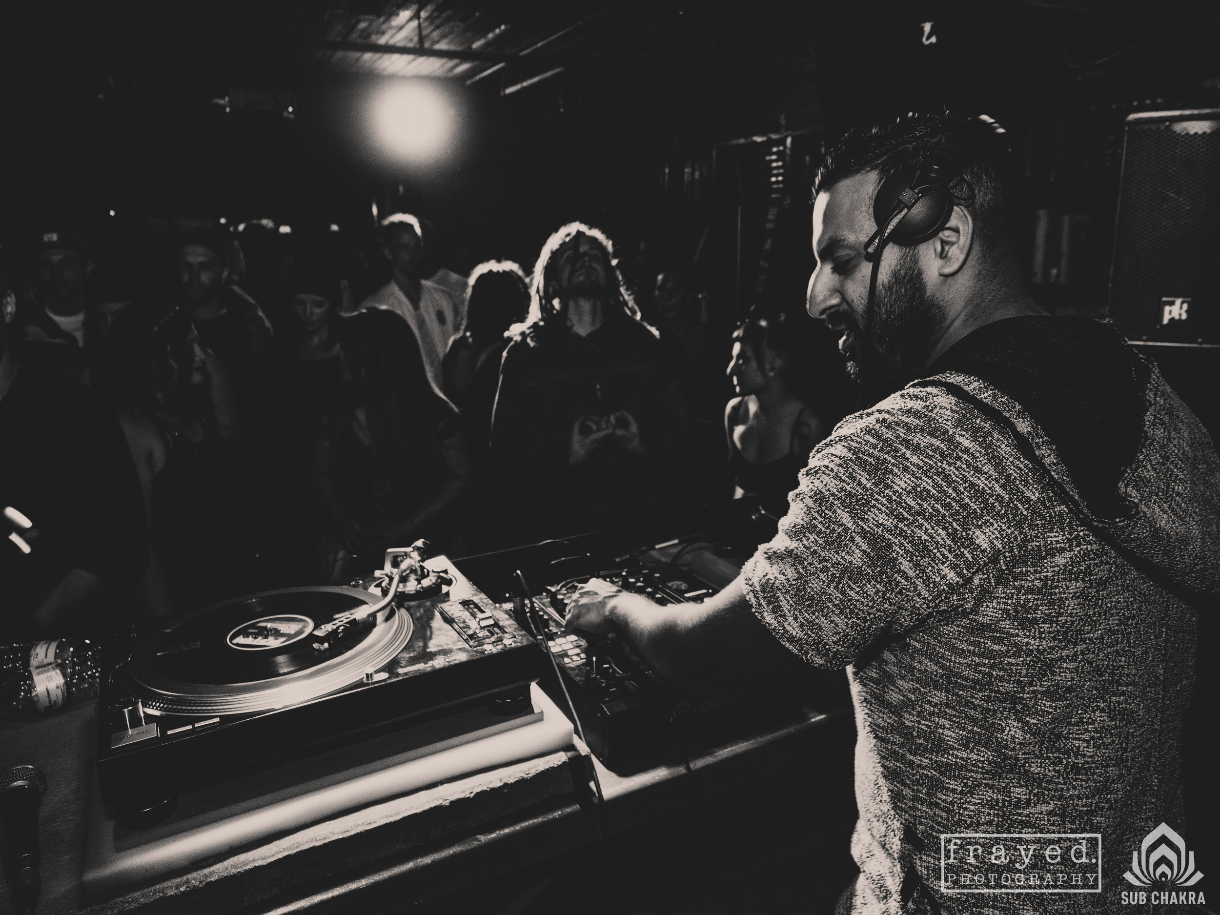 V.i.v.e.k [uk] Nite owl 04/14/2017